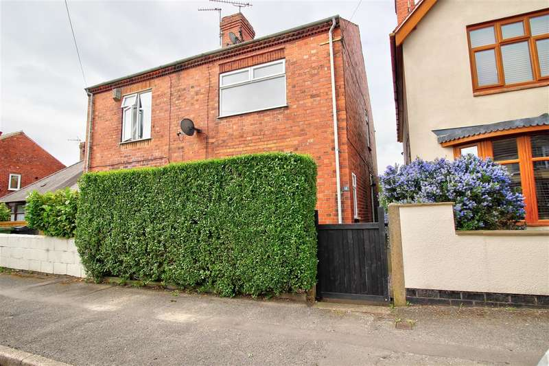 2 Bedrooms Semi Detached House for sale in Waingroves Road, Ripley
