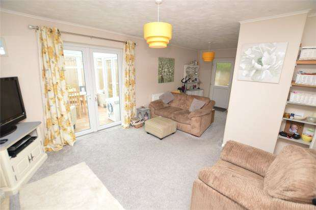 3 Bedrooms End Of Terrace House for sale in Bodriggy Court, Sea Lane, Hayle, Cornwall