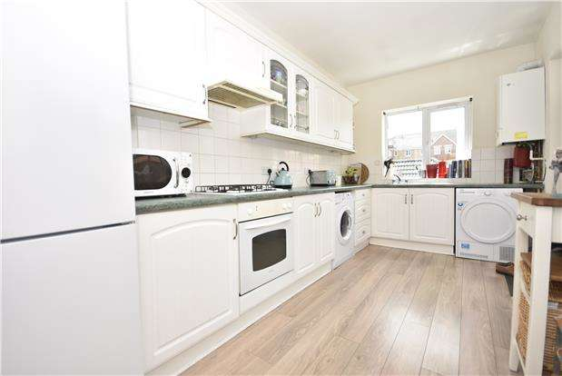 3 Bedrooms Terraced House for sale in Nelson Street, Bedminster, Bristol, BS3 2SP