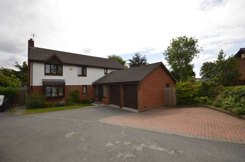 4 Bedrooms Detached House for sale in Curwell Close, Spital