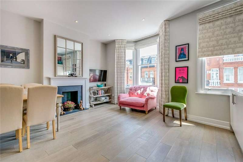 2 Bedrooms Flat for sale in Broomhouse Road, Parsons Green, Fulham, SW6