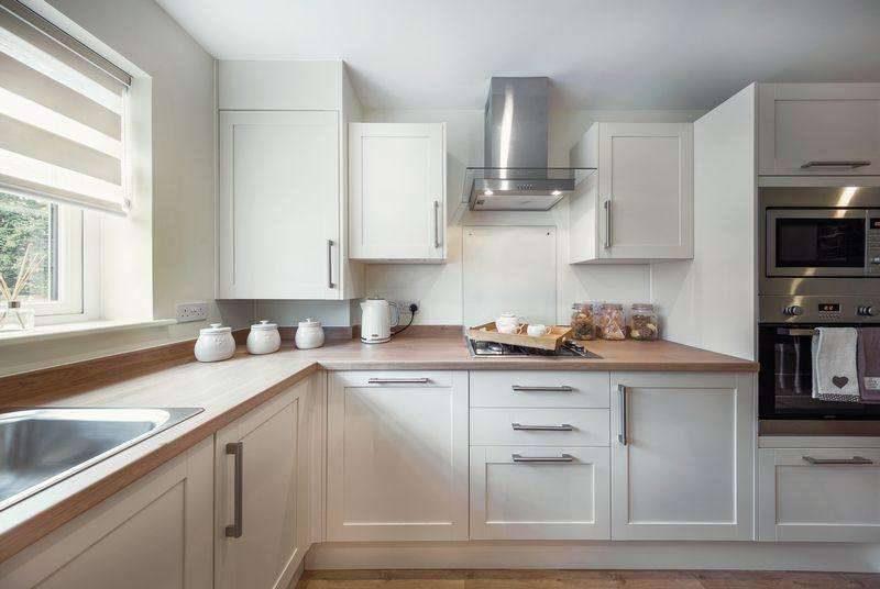 4 Bedrooms Detached House for sale in St. Johns Road, Southampton