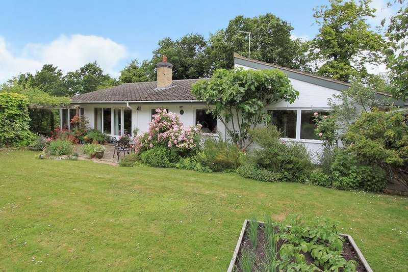 3 Bedrooms Detached Bungalow for sale in Orchard Close, Elsworth