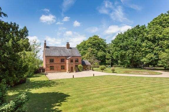 6 Bedrooms Detached House for sale in Nabs Head Lane, Salmesbury, Preston PR5