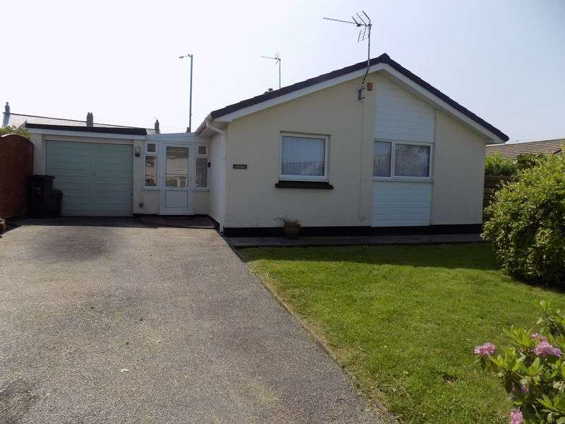 2 Bedrooms Property for sale in Boscarne Crescent, St. Austell