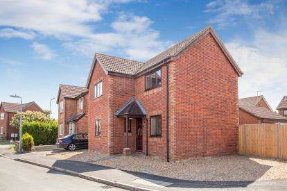 3 Bedrooms Detached House for sale in Chatteris, Ely, Cambridgeshire