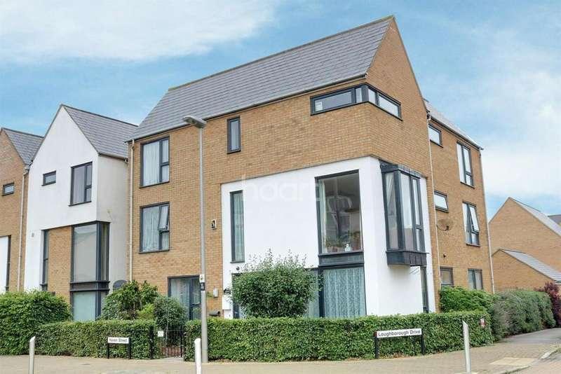 6 Bedrooms Detached House for sale in Broughton, Milton Keynes