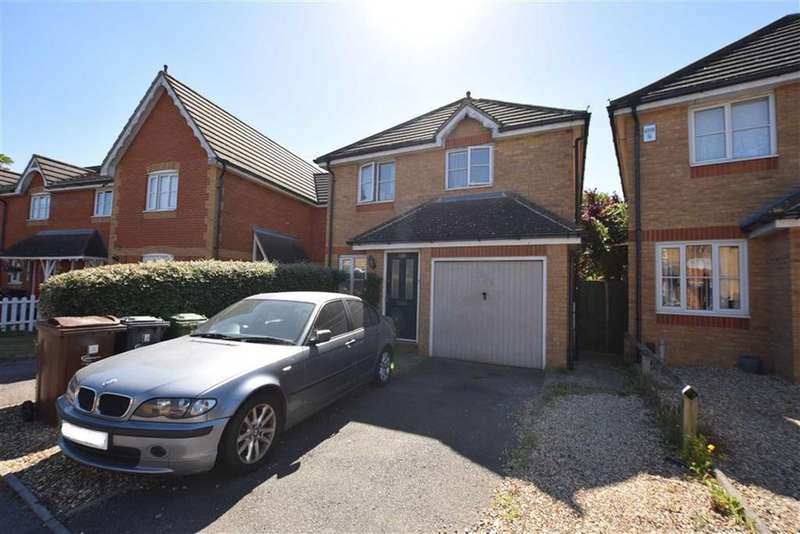 3 Bedrooms Detached House for sale in Jasmine Road, Rush Green, Romford