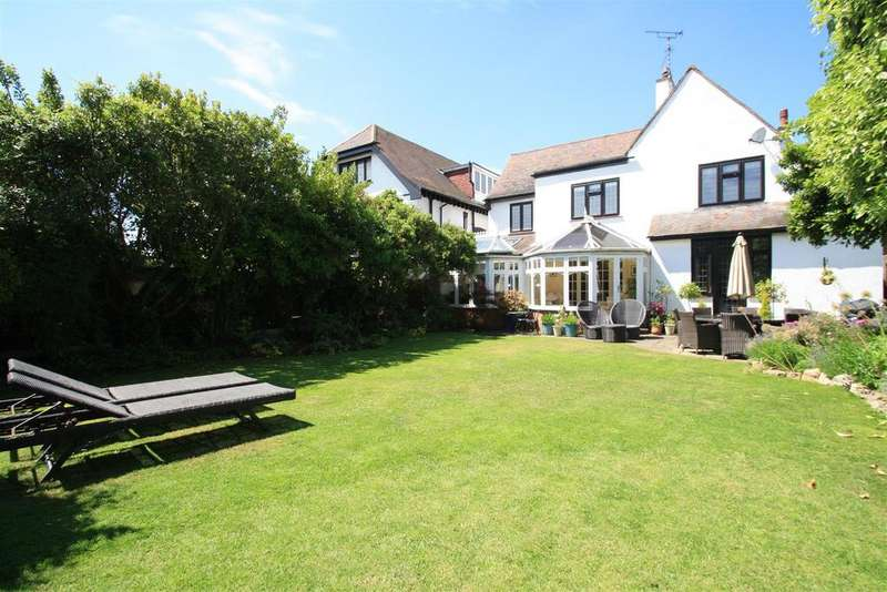 5 Bedrooms Detached House for sale in Chalkwell Avenue, Westcliff-On-Sea