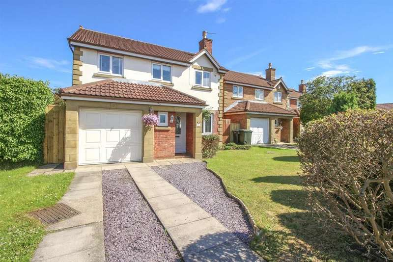 4 Bedrooms Detached House for sale in Cranham Close, Newcastle Upon Tyne