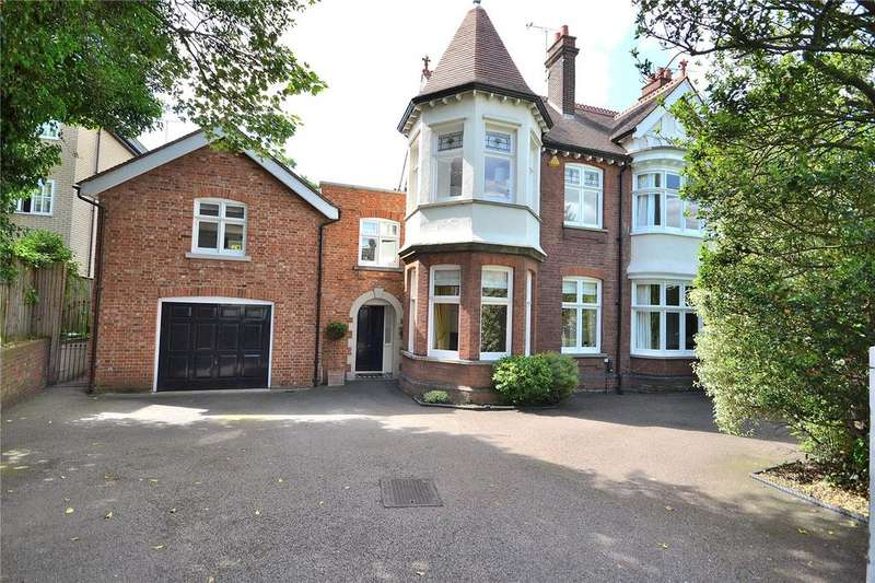 6 Bedrooms House for sale in New London Road, Chelmsford, Essex