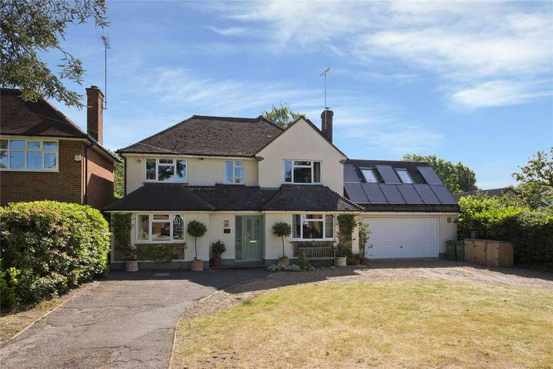 6 Bedrooms Detached House for sale in The Oaks, West Byfleet, Surrey, KT14