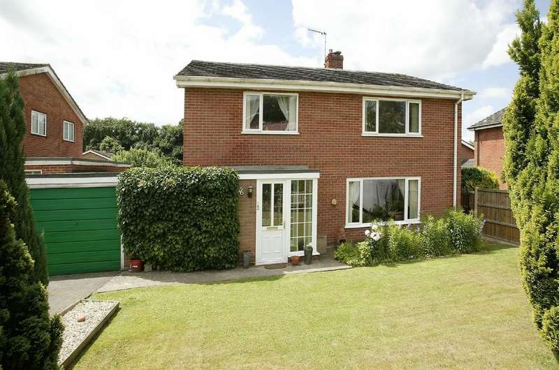4 Bedrooms Link Detached House for sale in Sheddick Court, Dereham