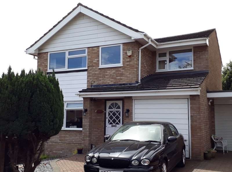 4 Bedrooms Detached House for sale in Roman Gardens, Houghton Regis, Dunstable, Bedfordshire, LU5