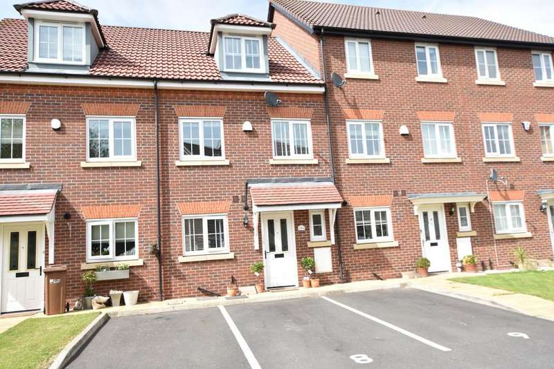 4 Bedrooms Town House for sale in Cwrt Dyfrdwy, Saltney
