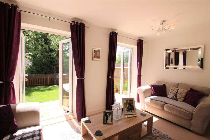 4 Bedrooms Terraced House for sale in Hollybrook Mews, Yate, Bristol