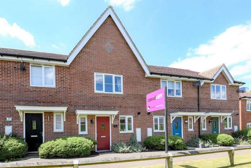 2 Bedrooms Terraced House for sale in Tabby Drive, Reading, RG7