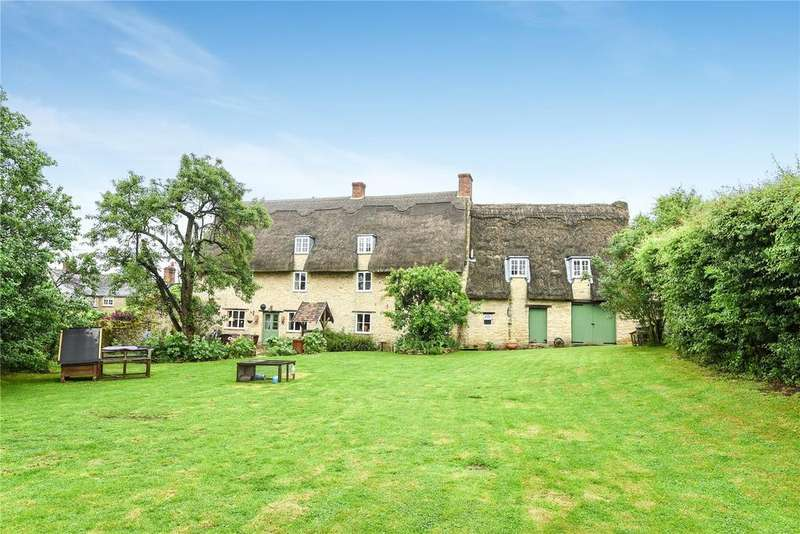 5 Bedrooms Detached House for sale in High Street, Lavendon, Olney, Buckinghamshire, MK46