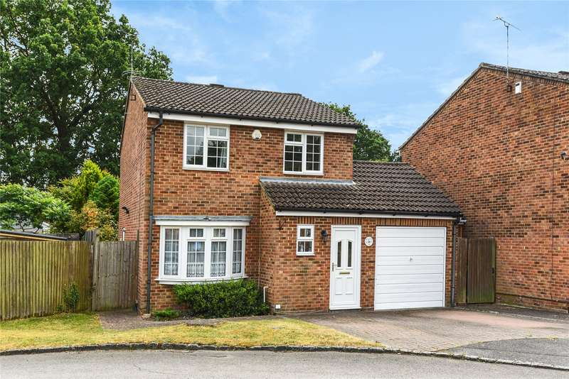 3 Bedrooms Detached House for sale in May Close, Owlsmoor, Sandhurst, Berkshire, GU47