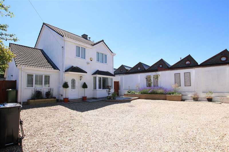 4 Bedrooms Detached House for sale in Beaufort Road, Staple Hill, Bristol