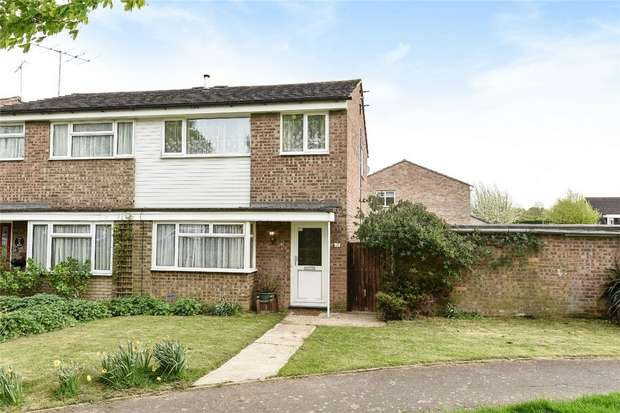 3 Bedrooms Semi Detached House for sale in Copthorne Close, Oakley, Bedford