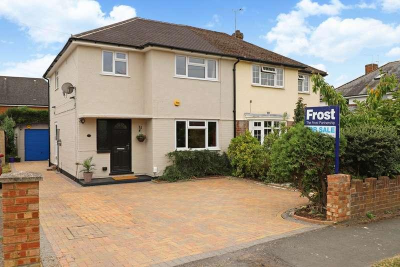3 Bedrooms Semi Detached House for sale in Burlington Road, Burnham, SL1