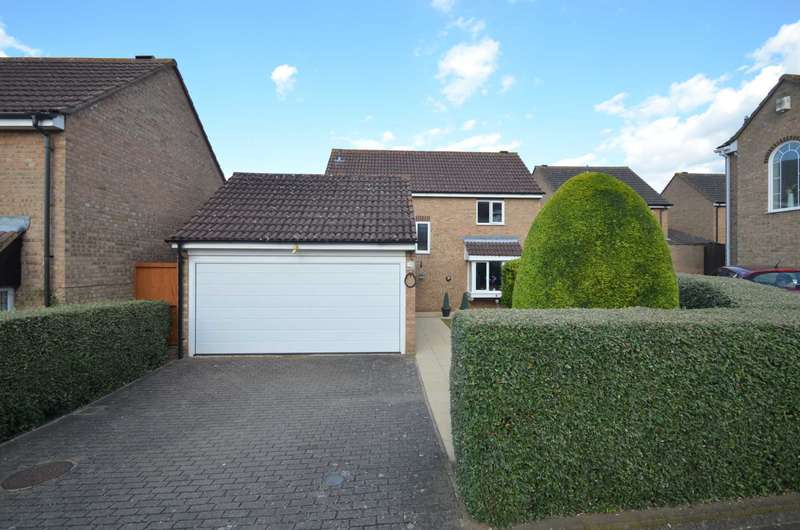 4 Bedrooms Detached House for sale in Wells Close, Kempston
