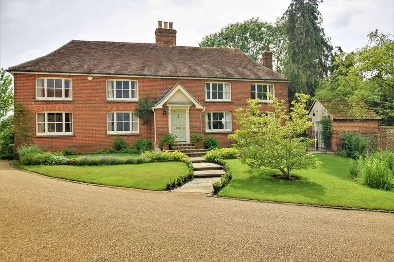 5 Bedrooms Detached House for sale in Ongar Road, Dunmow