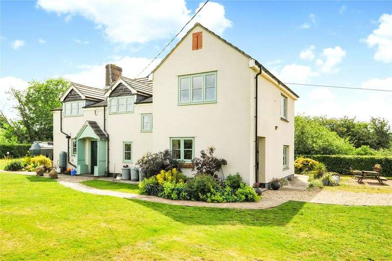 4 Bedrooms Detached House for sale in Pewsham, Wiltshire, SN15