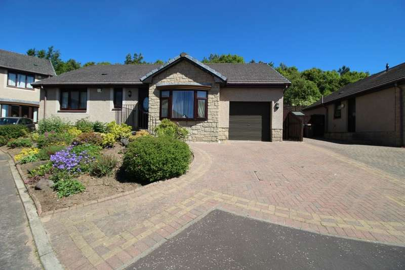 3 Bedrooms Detached Bungalow for sale in Formonthills Park, Glenrothes, KY6