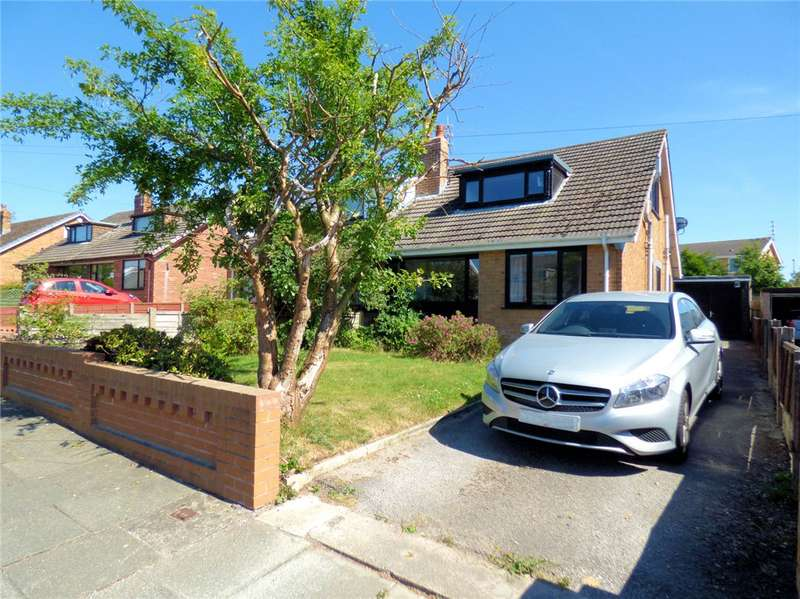 3 Bedrooms Semi Detached Bungalow for sale in Wentworth Drive, Thornton-Cleveleys