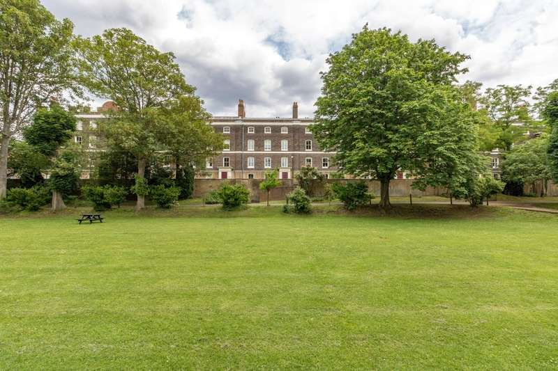 7 Bedrooms Property for sale in Officers Terrace, The Historic Dockyard, Chatham, ME4