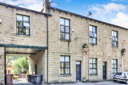 3 Bedrooms Terraced House for sale in Winewall Road, Colne, Lancashire, BB8