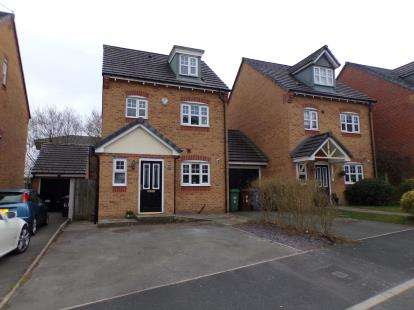 3 Bedrooms Link Detached House for sale in Appleton Grove, Wigan, Greater Manchester, WN3