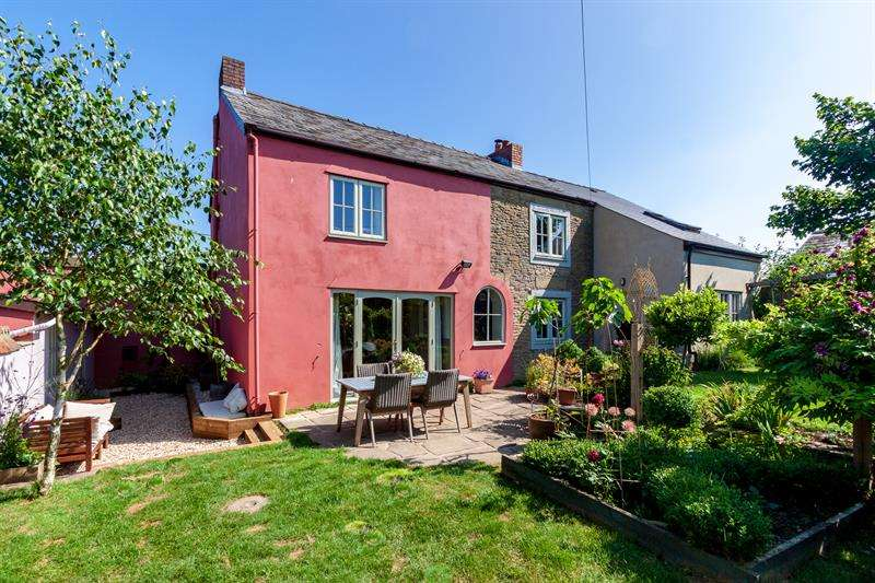 4 Bedrooms Cottage House for sale in Farm Road, Ruardean Woodside, Ruardean