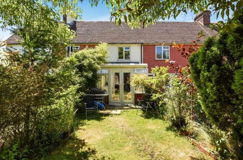 3 Bedrooms House for sale in Borough Road, Petersfield, GU32