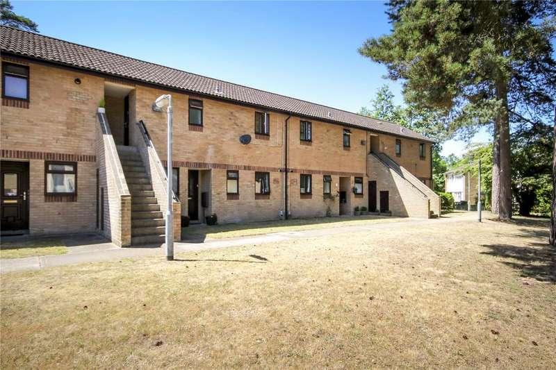 1 Bedroom Apartment Flat for sale in Howorth Court, Blewburton Walk, Bracknell, Berkshire, RG12