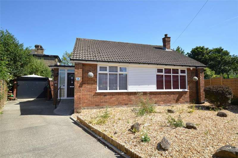 2 Bedrooms Detached Bungalow for sale in St. Andrews Close, Morley, Leeds