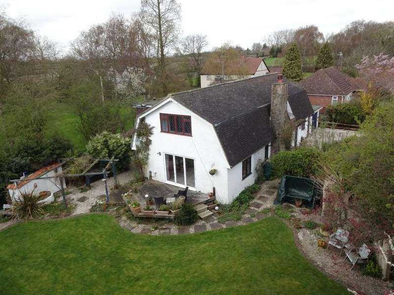 4 Bedrooms Detached House for sale in East Hanningfield