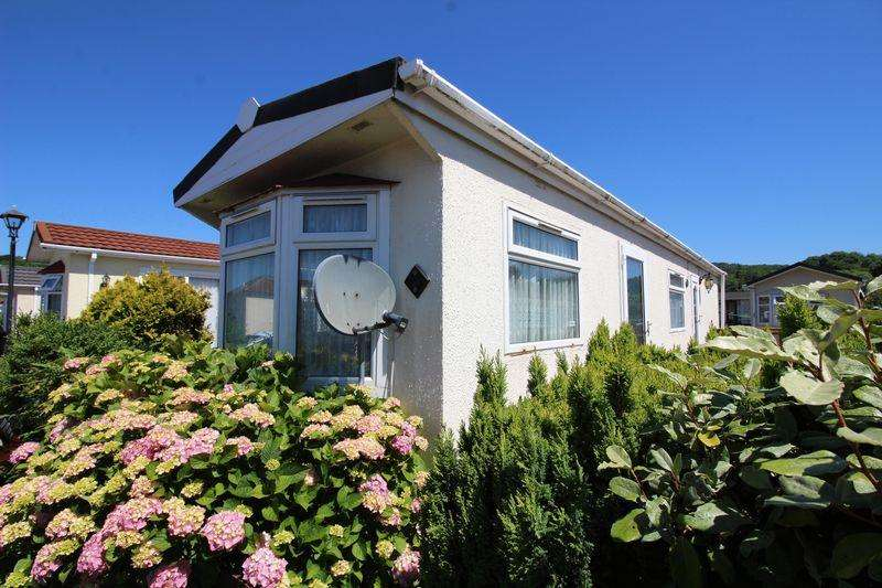 1 Bedroom Park Home Mobile Home for sale in Clevedon Road, Flax Bourton