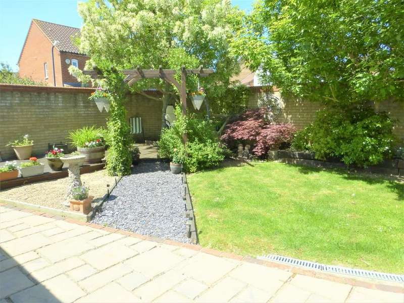5 Bedrooms Detached House for sale in Westminster Square, Maidstone