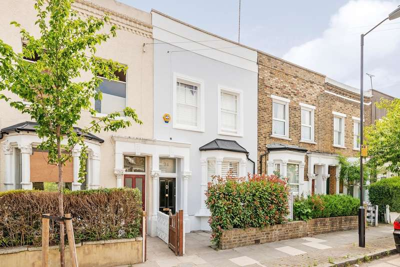3 Bedrooms Terraced House for sale in Wyatt Road, London