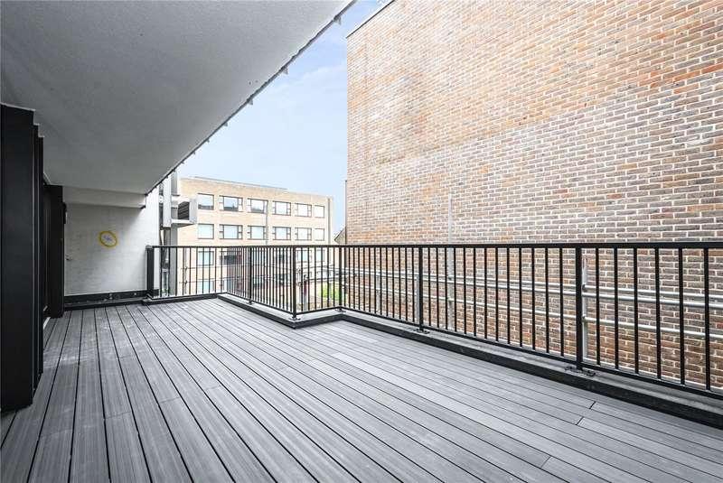3 Bedrooms Flat for sale in Downham Road, London, N1