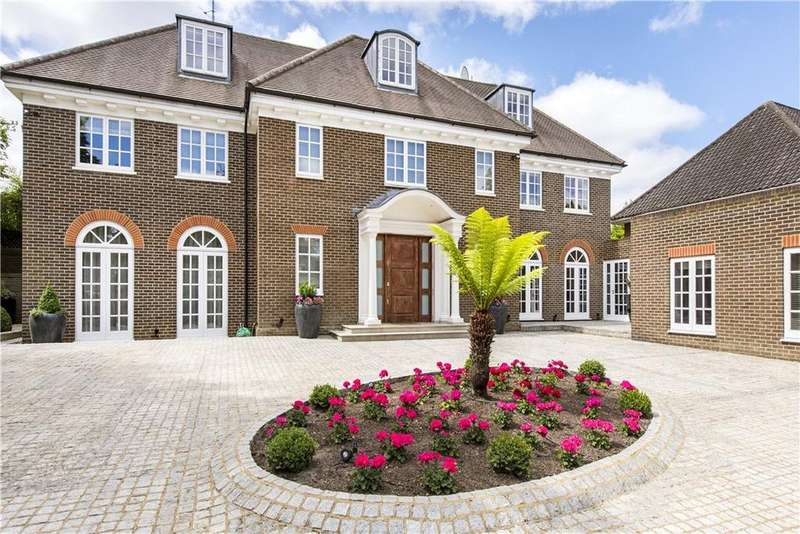 7 Bedrooms Detached House for sale in Byron Drive, London, N2