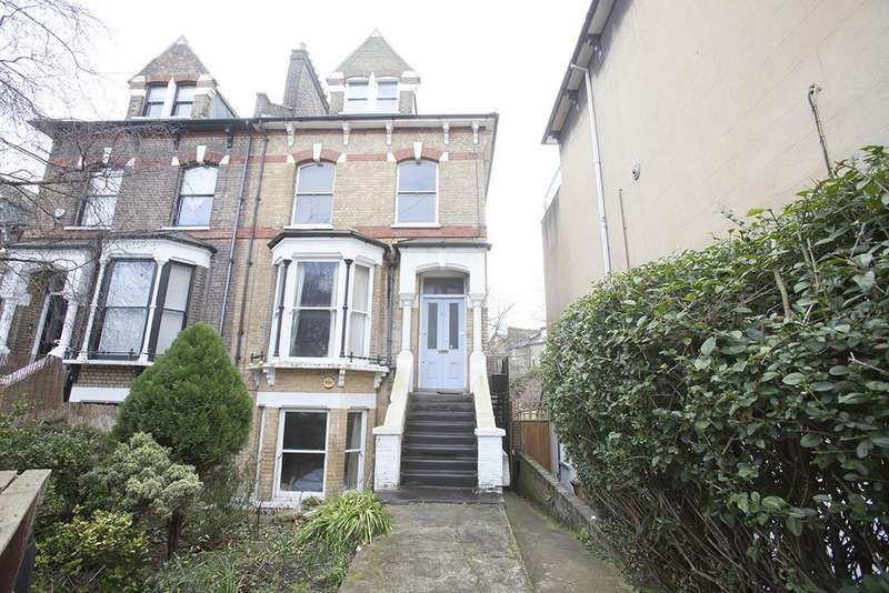 2 Bedrooms Flat for sale in Downs Park Road, London E8