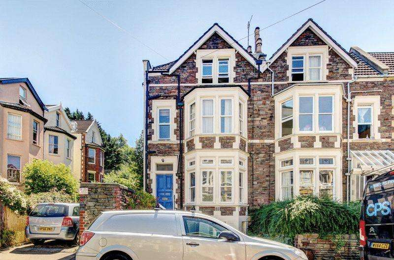 2 Bedrooms Apartment Flat for sale in Aberdeen Road, Redland