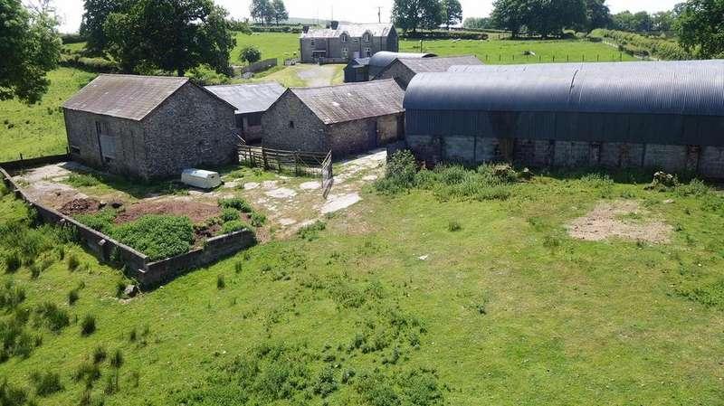 4 Bedrooms Smallholding Commercial for sale in Llansawel, Llandeilo