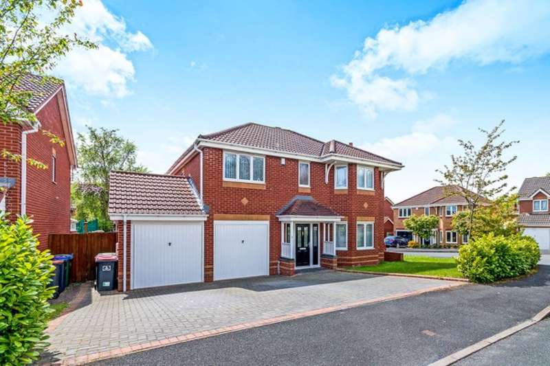 4 Bedrooms Detached House for sale in Hookacre Grove, Priorslee, Telford, TF2