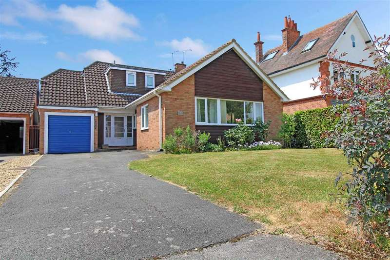5 Bedrooms Detached House for sale in 'Pine Top', Glanthams Road, Shenfield