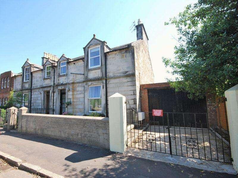 1 Bedroom Flat for sale in 12 Midton Road, Ayr, KA7 2SF